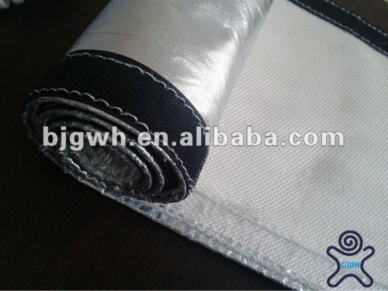 Anti radiation resistance to high temperature insulation sleeve with velcro