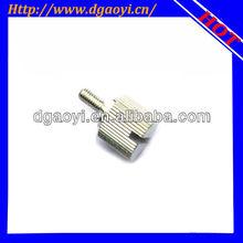 Zinc plated knurled thumb screws