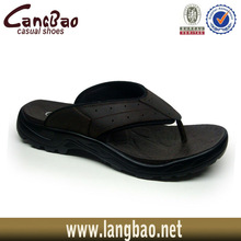 flat leather upper in a thong sandal shoe 909-1