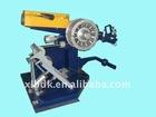 Manual cold tire tread builder tire retreading machine