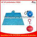 la promoción desechable bola impermeable poncho de lluvia en las bolas para los regalos venta al por mayor