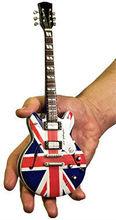 Miniature guitar in scale / Mini guitars replica