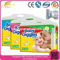desechables de alta absorbente pañal del bebé en guangzhou de china
