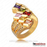 Wholesale Unique Design CZ Wedding Ring 18K Gold Plated Luxury Men Ring Band Austrian Crystal SWA Element Girls Ring Ri-HQ0331