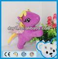 de fútbol de la mascota de peluche juguetes de regalo de la promoción del juguete suave 2014 unicornio de san valentín de peluche unicornio