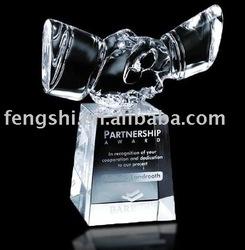 2015 Newest crystal handshake- -NO.1 Crystal Trophy Factory