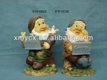 Polyresin garden gnome figures