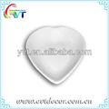 branco porcelana prato formato de coração