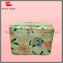 2012 new design cosmetic bags with compartments