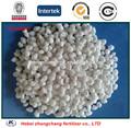 fertilizante de amonio granular de color blanco nitrogenado sulfato