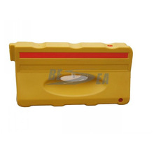 China Yellow & Red 130CM Length Plastic Water Filled Street Barriers