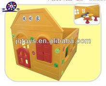 2013 Hot Selling Indoor Children Plastic Play Garden House