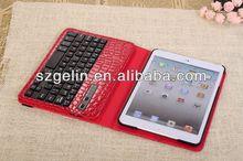 2013 crocodile pattern bluetooth keyboard case with handle for ipad for ipad 2