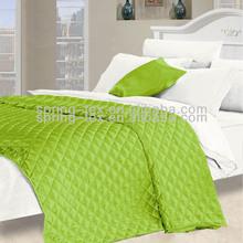 Green thin satin hotel quilt bedspread