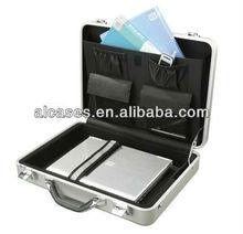 silver 21 inch laptop case
