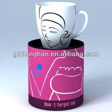 Blanco tazas de cerámica decale especial diseño