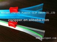 pp pe pvc plastik zipper with zipper head