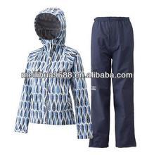 Good Quality Waterproof Windbreaker Adults Rain Coat