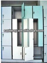 Z shaped locker