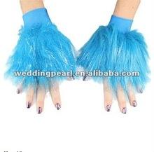 2013 new design faux fur wristbands