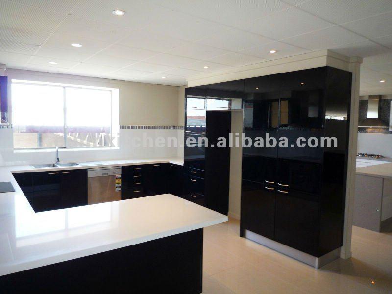 Noir laqu et laqu blanc armoires de cuisine armoire de for Cuisine en noir et blanc