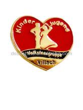 2014 Hot Sale Shiny Gold Custom Metal Pin Badge With Enamel