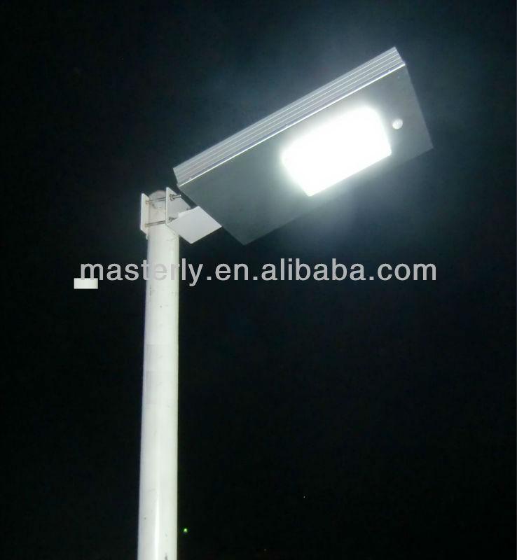 Solar led street light--PIR sensor,long working time All in one solar street light