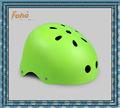 cor verde de alta qualidade as crianças skate capacete com escudo do abs e do forro eps