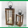 clásica linterna de madera con tapa de acero inoxidable para la decoración del hogar