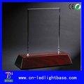 Haute qualité rouge en bois base de lumière led pour 2D cristal