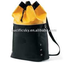 2014 Hot selling waterproof polyester duffle bag
