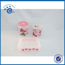 4pcs Plastic bathroom set with colorful printing including toothbrush holder tumbler soap dish and soap dispenser