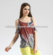 Women printing off shoulder t shirt