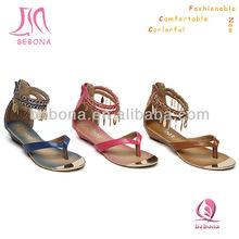 2013 Wholesale Metal Toe Thong Flat Modern Sandals