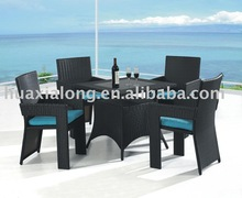 Black Poland 4 seater coffee house/cafe/restaurant dining set