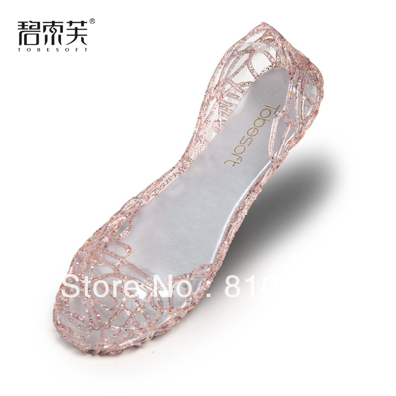 BIG DISCOUNT beautiful high quality Bird nest sandals female flat heel shoes hole women's crystal plastic cutout shoes(China (Mainland))