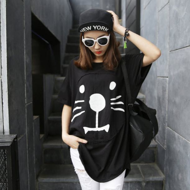 Factory Price Fashion T-shirt Girl Casual T-shirt Blouse Lovely Cat Printed Black/White Free Shipping(China (Mainland))