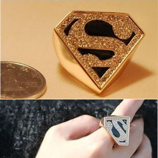 Fashion vintage 5 accessories z fashion triangle geometry s super man gold sparkling diamond ring female(China (Mainland))