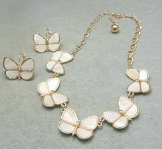 1Set Free Shipping! Vintage Elegant Nautral Shell Butterfly Necklace & Earrings set jewlery set, free shipping(China (Mainland))