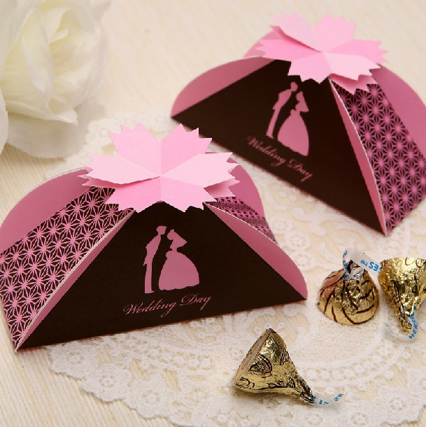 Free Shipping Wholesale 50pcs/lot Wedding Favor Gift Box Candy Boxes Party Favor Boxes(China (Mainland))