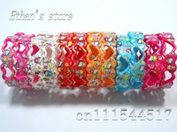 Free Shipping Heart-shaped Hello Kitty Bracelets Wristbands for Girls Mix color