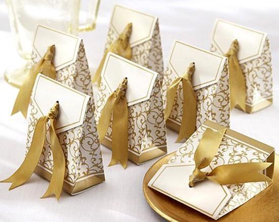 Free Shipping 100pcs Gold Ribbon Wedding favour box Party Candy Box Favor Gift Boxes wedding box(China (Mainland))