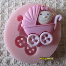 Frete grátis Mini 3D carro de bebê de silicone moldes fondant de sabão artesanal , DIY Soap / Fimo / bolo / molde Chocolate , Bolo Decoração Ferramenta(China (Mainland))