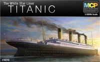1/400 ACADEMY RMS TITANIC 14215 MODEL KIT W/Light