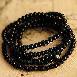 Wholesale Tibetan Jewelery Natural Black Sandalwood Chunky Bead Carved Buddha Multiturn Buddha Bracelet 5mm Men / Women Gift