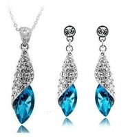 Christmas Gift wholesale Water Drop 18KT white gold Austrian crystals fashion Pendant Earrings + necklace Jewelry set