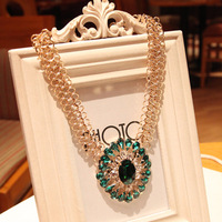 Luxury crystal necklace retro texture
