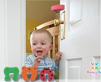 FREE SHIPPING Baby supplies security gate card baby clip door card child clip security door card