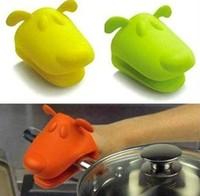 $20 Dog/Doggie Design Pliable Silicone Pot Holder Silicone Glove Oven Mitt wholesale-free shipping