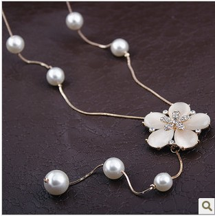 Korean pearl tassel sweater chain New five flowers Cat-eye gem crystal long necklace accesory free shipping